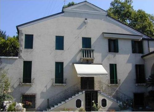 Villa Canella Dalla Favera a Noventa Padovana