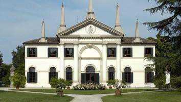 Villa Giustiniani a Vanzo
