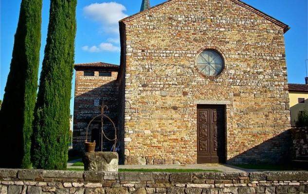 Oratorio della Santa Croce a Cervarese Santa Croce