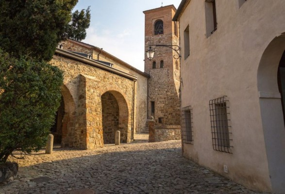 Oratorio della Santissima Trinità ad Arquà Petrarca