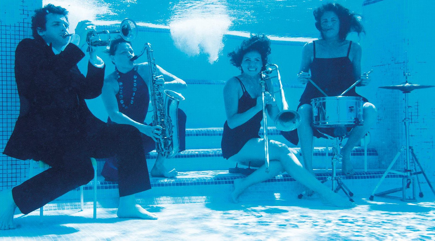Jazz by the pool a montegrotto terme thermae abano for Abano terme piscine termali aperte al pubblico